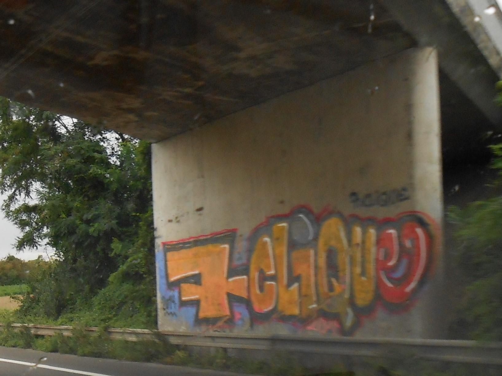graffiti_aout_2014_Alsace_7Clique