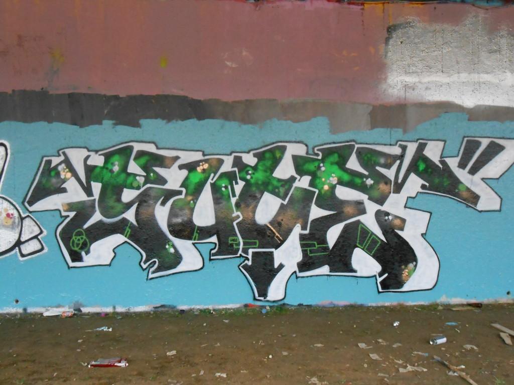 SUCE-graffiti-besak-02.2015 (1)